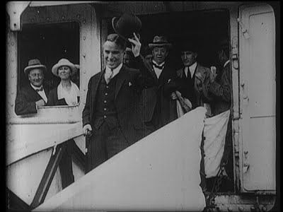 Charlie_Chaplin_Photos_October_1921