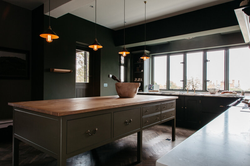 plain-english-home-house-shropshire-green-kitchen-countertop-1466x977