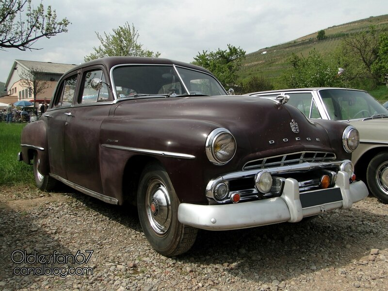 dodge-kingsway-custom-sedan-1952-1