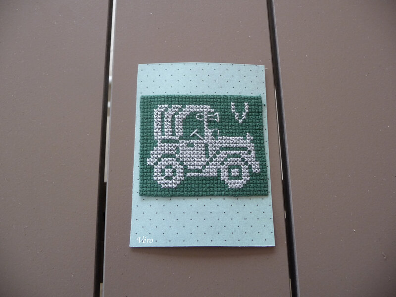 Lettre V voiture VS