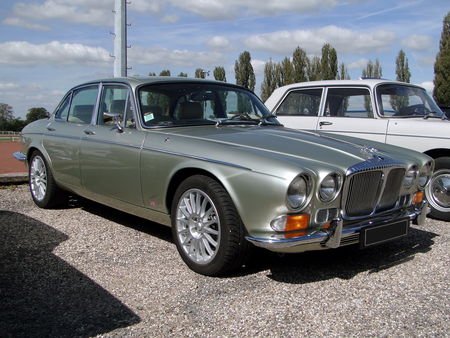 JAGUAR XJ6 4,2 sovereign 1973 Bourse de Crehange 2009 1