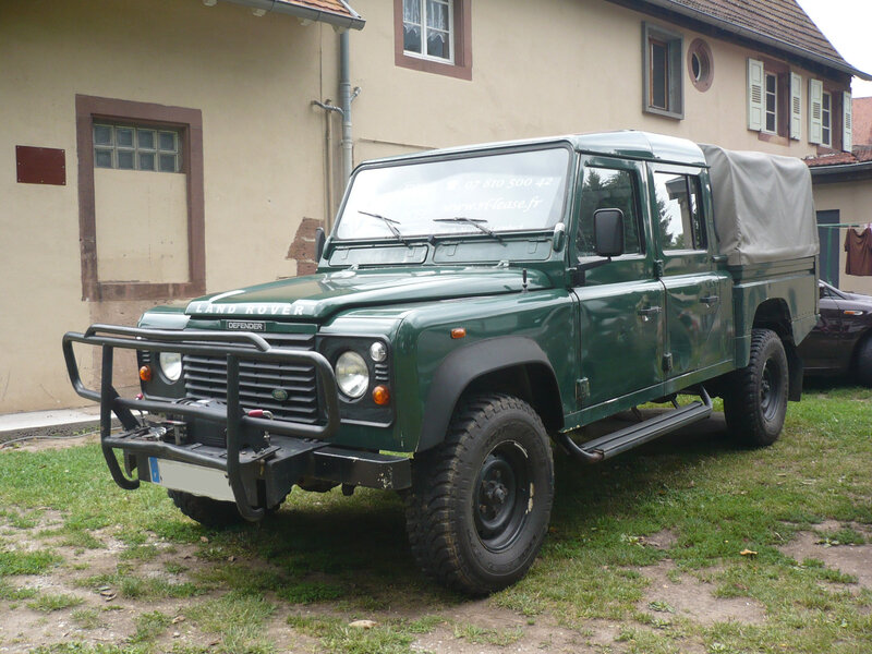 LAND ROVER Defender 130 Td5 double cabine 1999 Woerth (1)