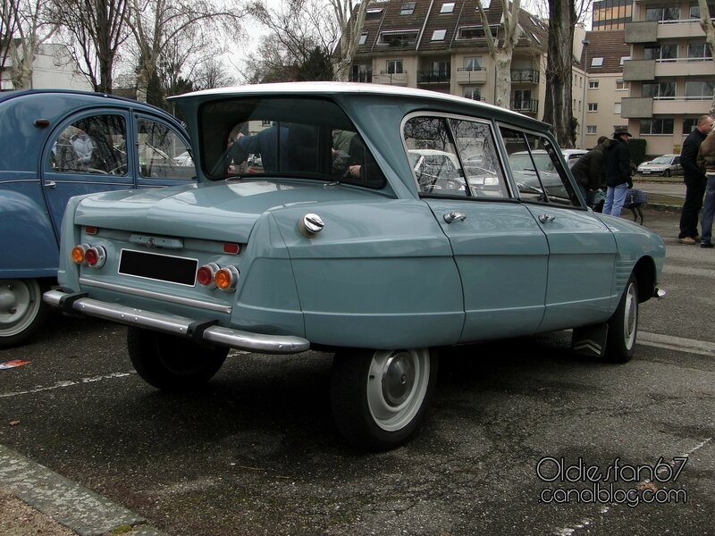 citroen-ami-6-berline-1961-1969-2