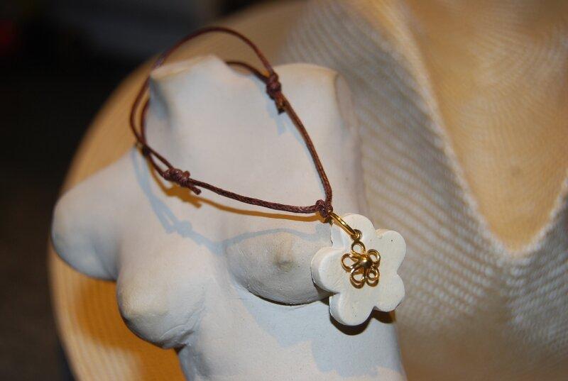 Bracelet ajustable brun (dispo)