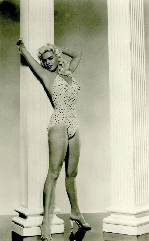 jayne_swimsuit_poids-1956-the_girl_cant_help_it-pub-1-4