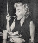1952_studio_eating_011_1_by_halsman_1