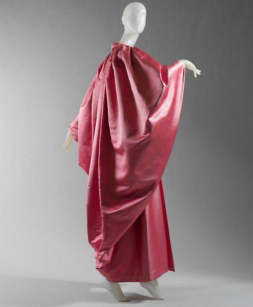 Cristobal Balenciaga (Spanish, 1895–1972), Evening wrap, 1954–55. Pink silk faille.