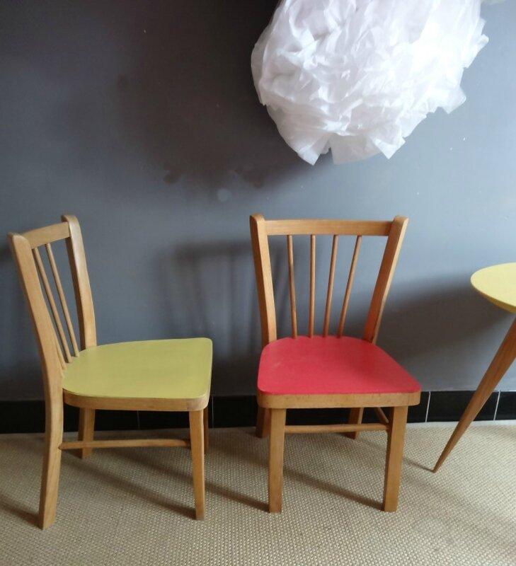 Chaise enfant Baumann rouge et jaune