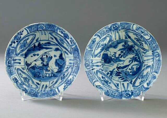 Two Blue and White 'Kraak' Bowls, Wanli period (1573-1619). Photo Stockholms Auktionsverk
