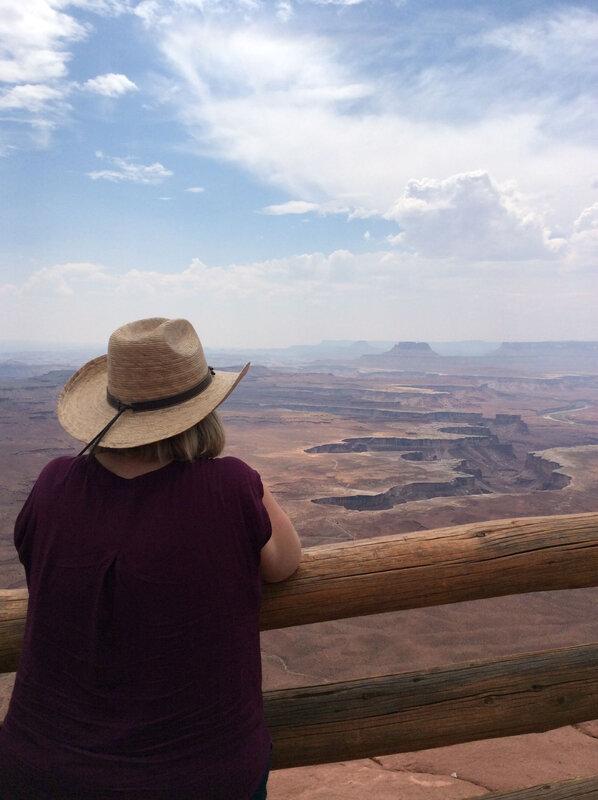 Mel Canyonlands_etsionjasait