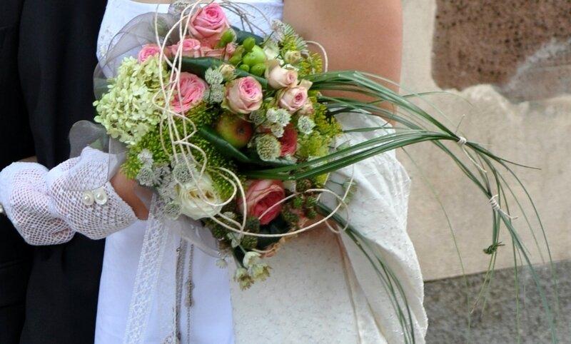 DSC_0051 zoom sur bouquet de la mariée