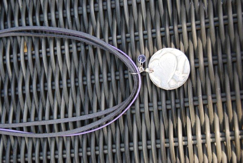 collier triple lien gris et mauve (dispo)