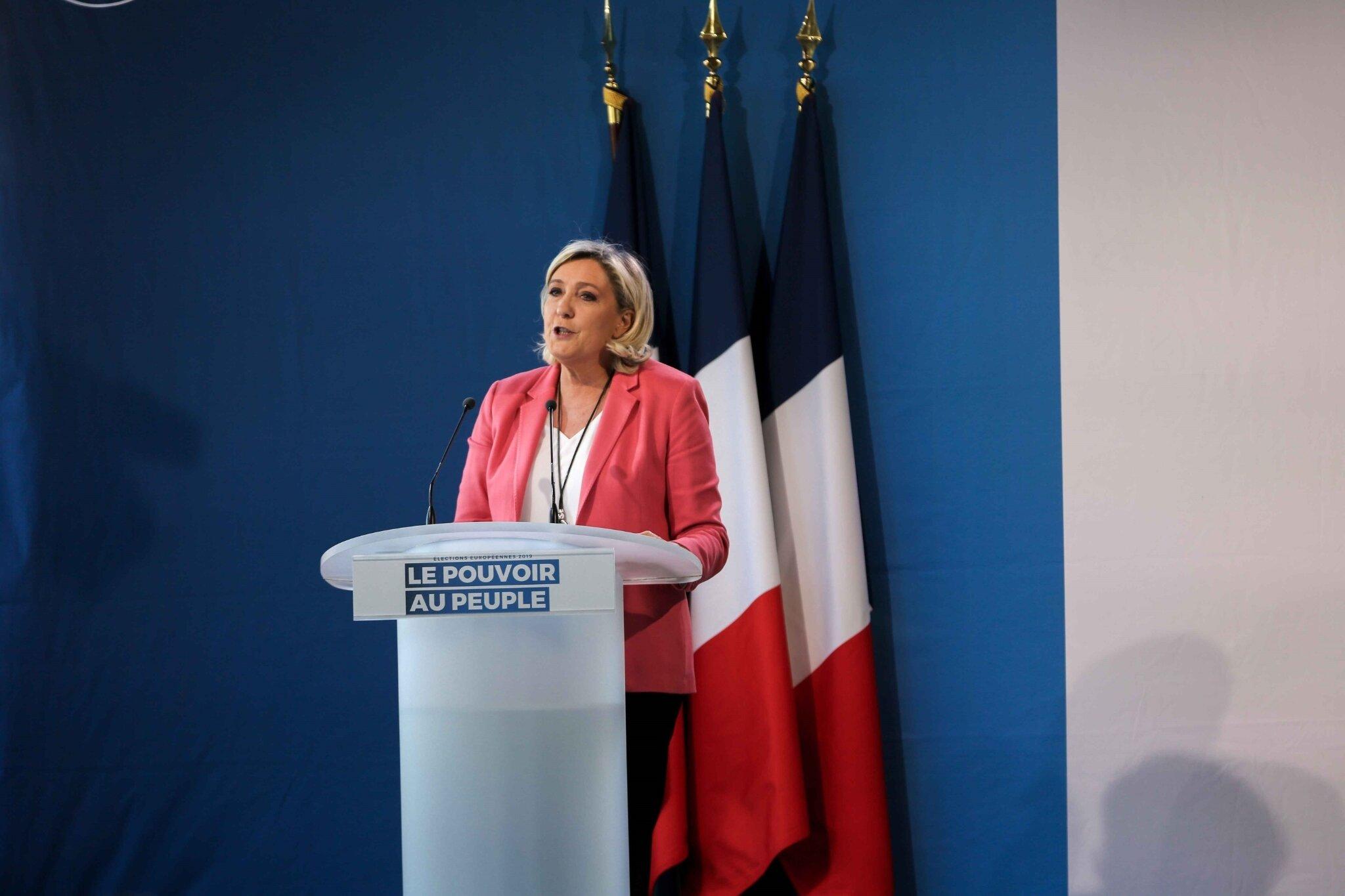 Mormant : Marine Le Pen en terrain conquis. © Michel Stoupak. Dim 31.03.2019, 15h08m33.