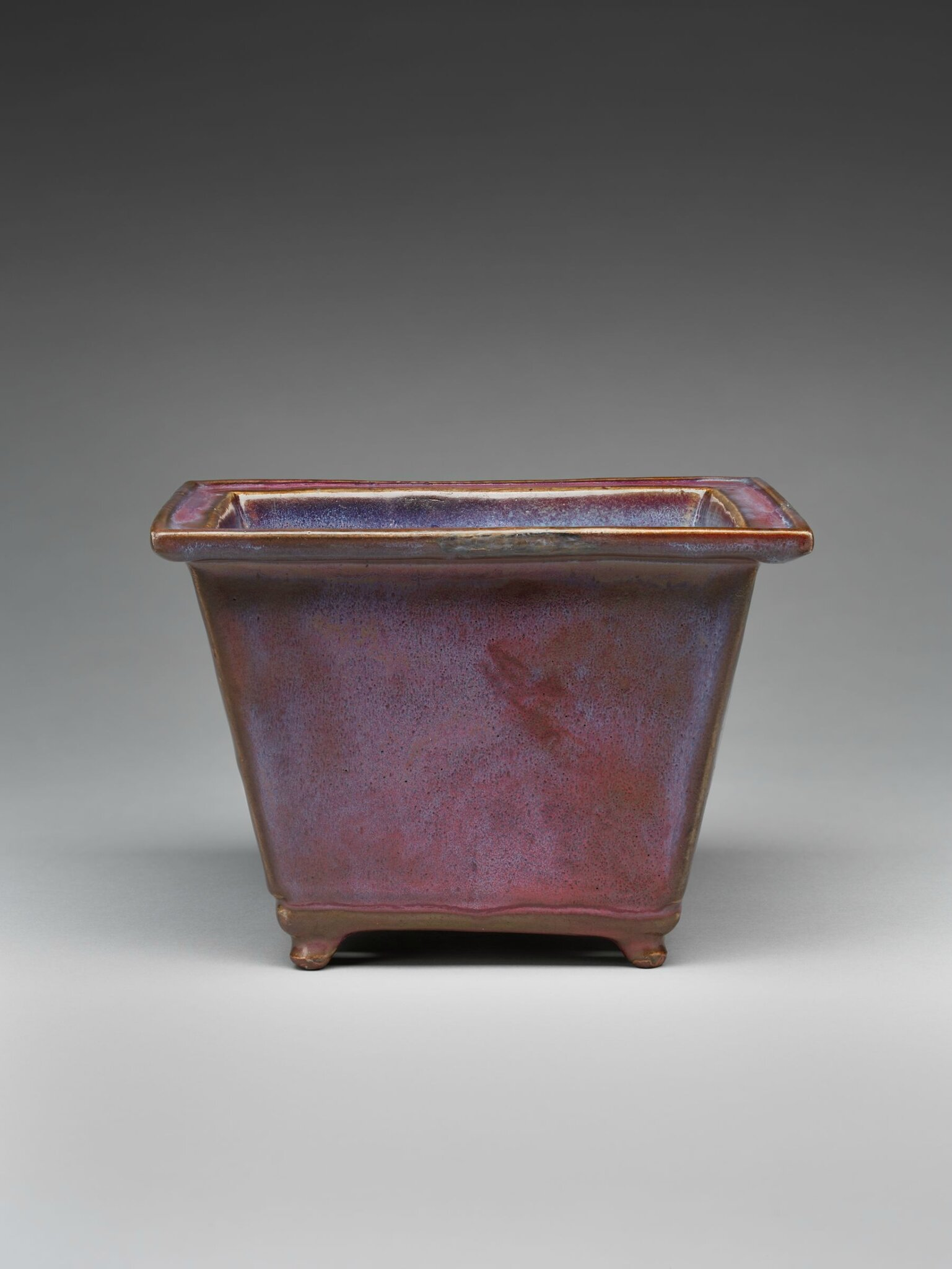 Rectangular Flowerpot with Four Small Feet, Ming dynasty, 1368-1644, probably 15th century (10)