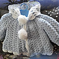 Manteau bébé bleu ou blanc