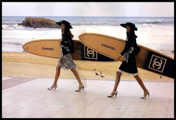 chanel planches de surf 1