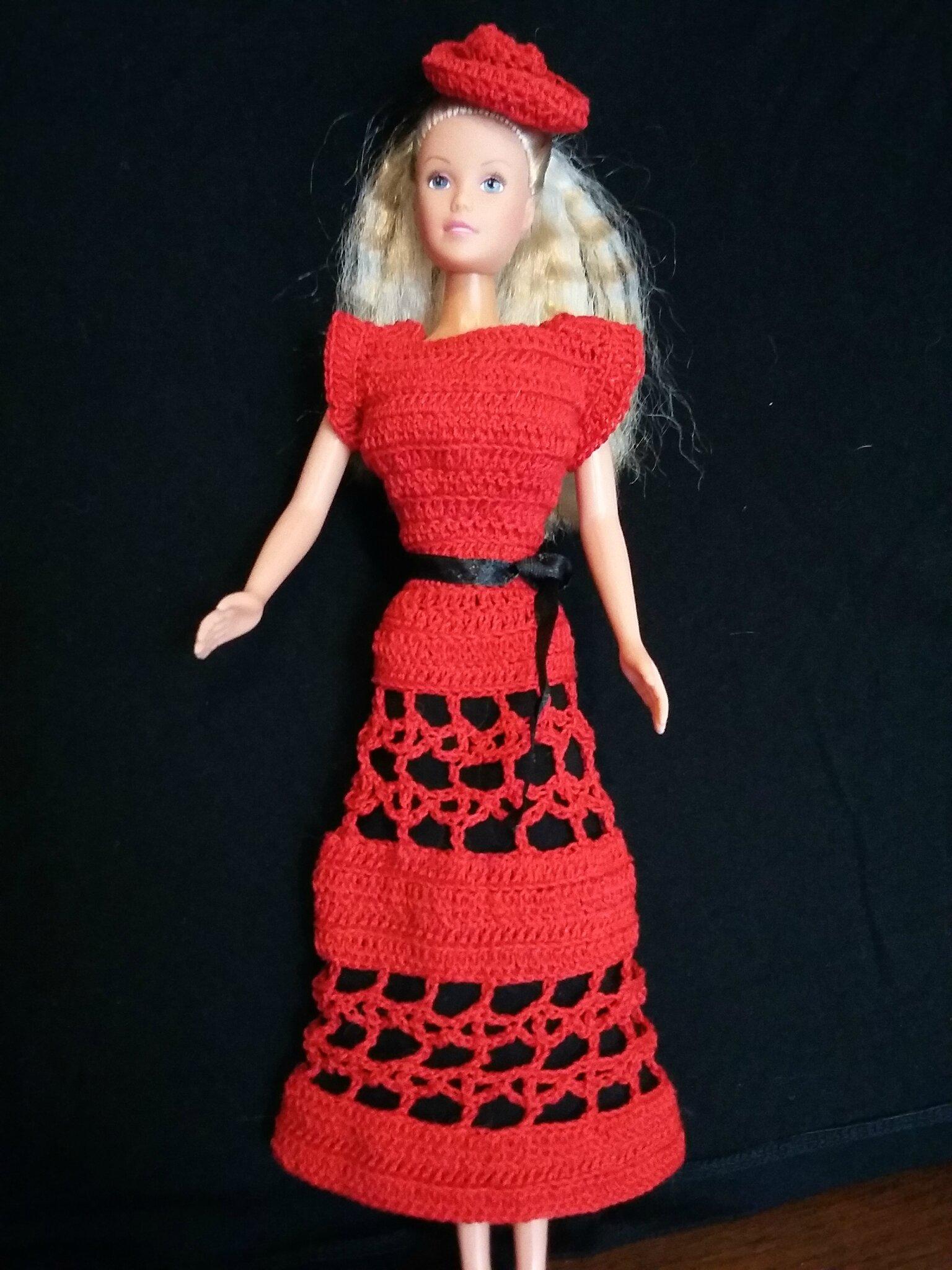 Barbie en rouge et noir