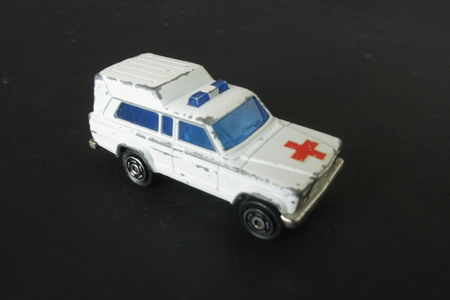 269_Jeep_Cherokee_Ambulance_02