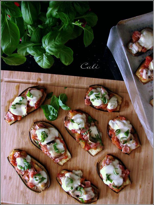 Aubergines Façon Pizzas à la Mozzarella & Basilic 001