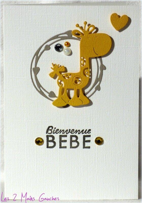 carte de naissance unisexe avec girafe jaune