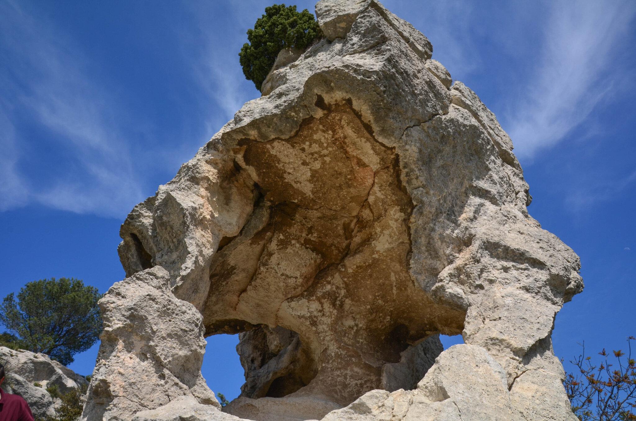 Le Val d'Enfer, aux Baux de Provence