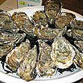 Huîtres au granité de vinaigre, chantilly d'huîtres