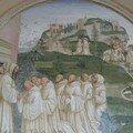 Benoît demande aux moines de faire jaillir l'eau au sommet de la montagne