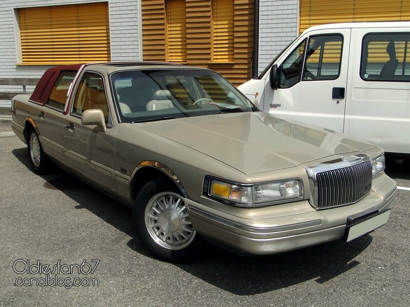 lincoln-town-car-cypress-edition-1996-01
