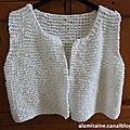 Un gilet tricoté