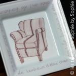 Porcelaine peinte à la main vide poche carré _fauteuil - le bonheur d'être chez soi_ havane et chocolat-2 © les trésors de Sophie by Sophie