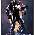 Robocop 2 (il est de retour pour protéger l'innocent)