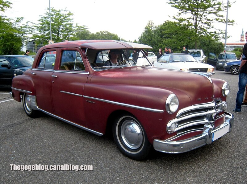Dodge coronet 4 door sedan de 1950 (Rencard Burger King mai 2014) 01