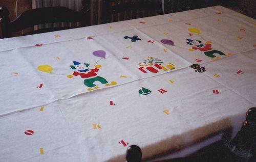 nappe clowns et lettres