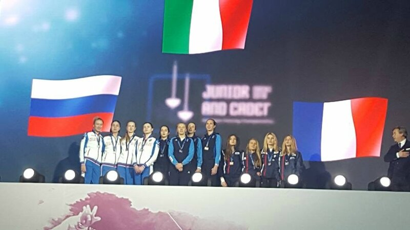 Chpt_europe_sotchi_2018_F_3ème_par_équipe_drapeaux