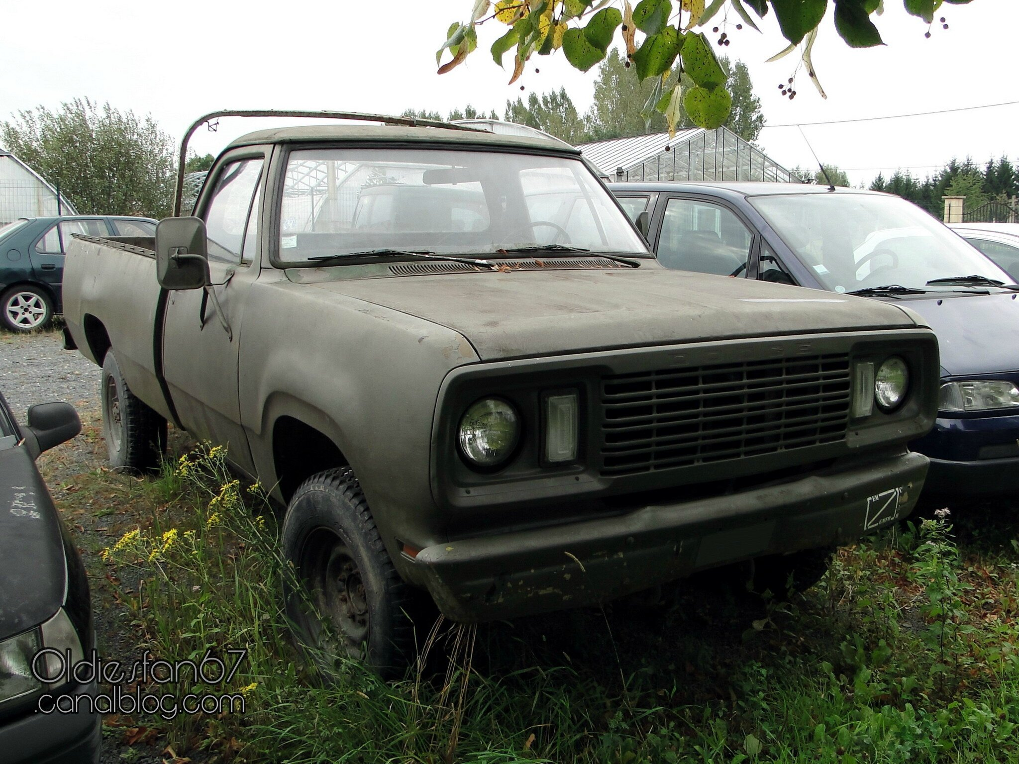 O on 1972 Dodge W200 Power Wagon
