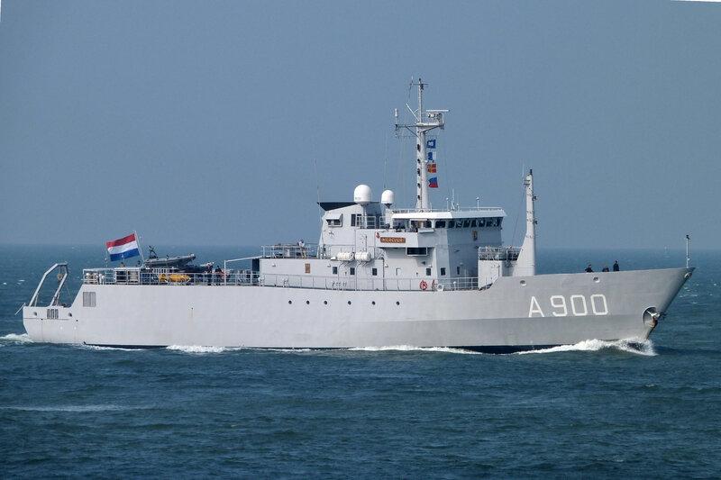 175 PARE HNLMS MERCUUR A900 MMSI N° 245974000