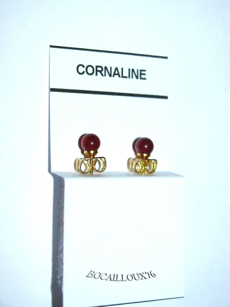 BOUCLE OREILLE PUCE CORNALINE 8 D.4mm