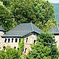 P1090072 Vue sur le château Manuel de Locatel