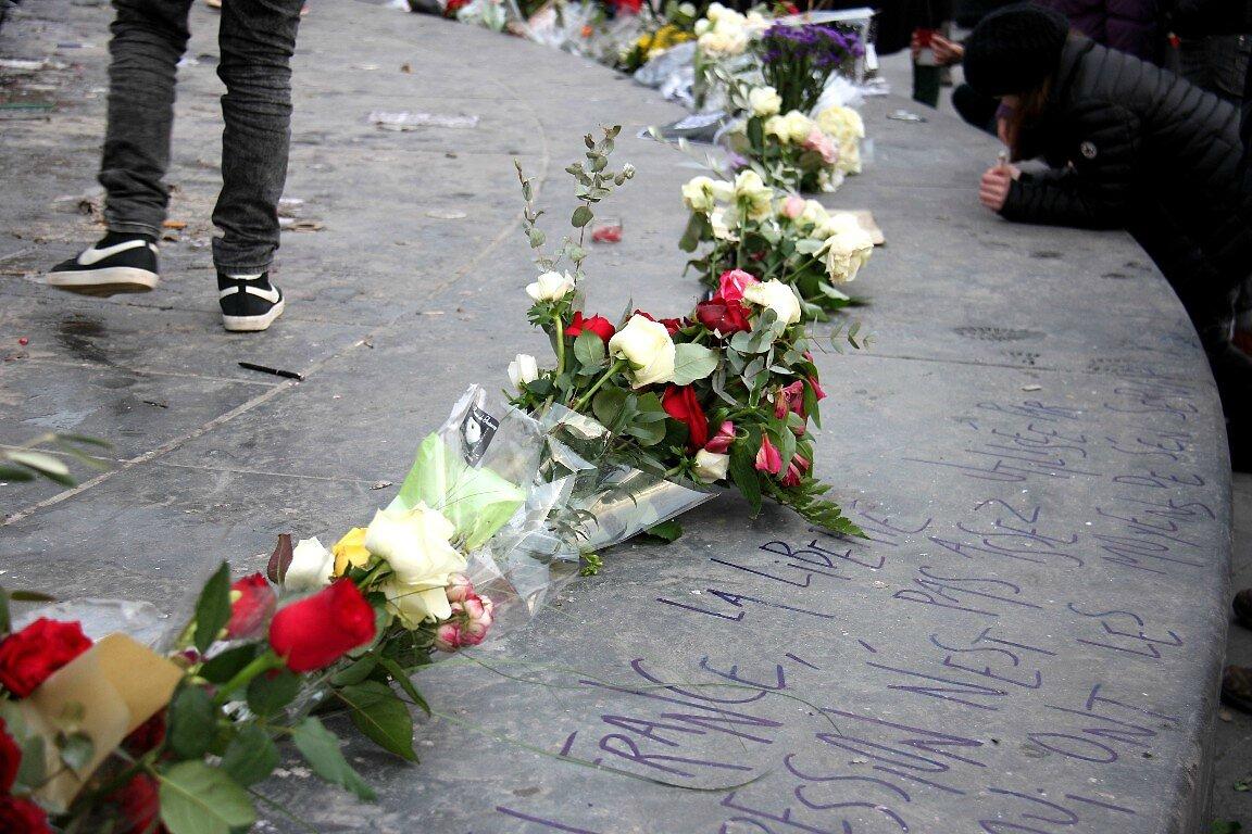 Hommage Charlie Hebdo République_0535