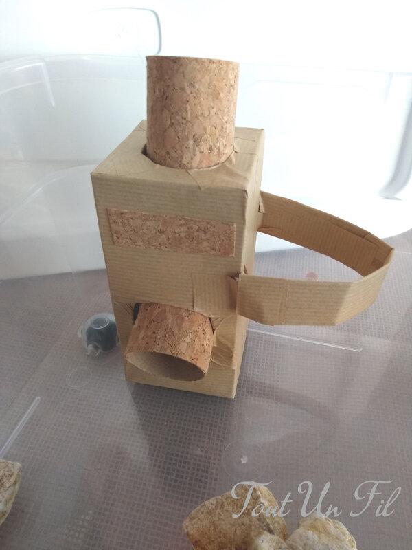 Bricolage Box sensorielle des engins de chantier by Tout Un Fil 02