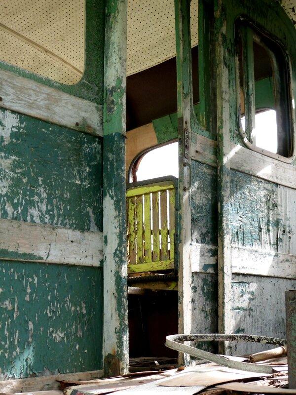 Train St Val x3