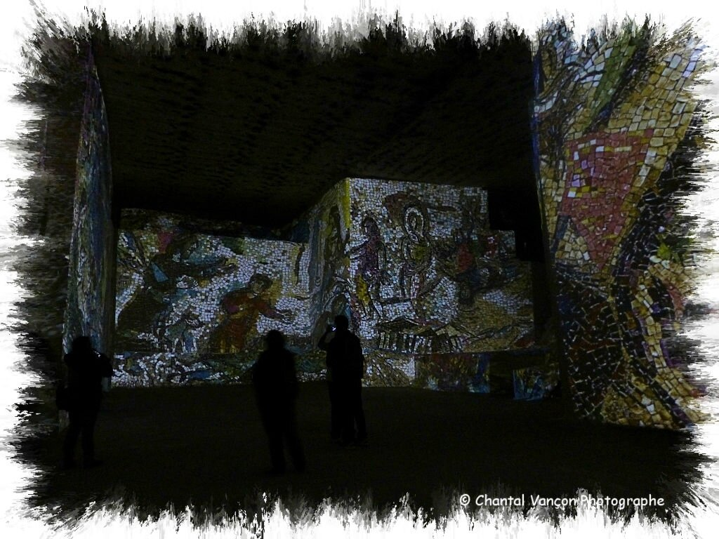 Carrieres_Lumiere_Chagall_19