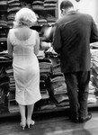 1958_new_york_manhattan_021_010_by_sam_shaw_1