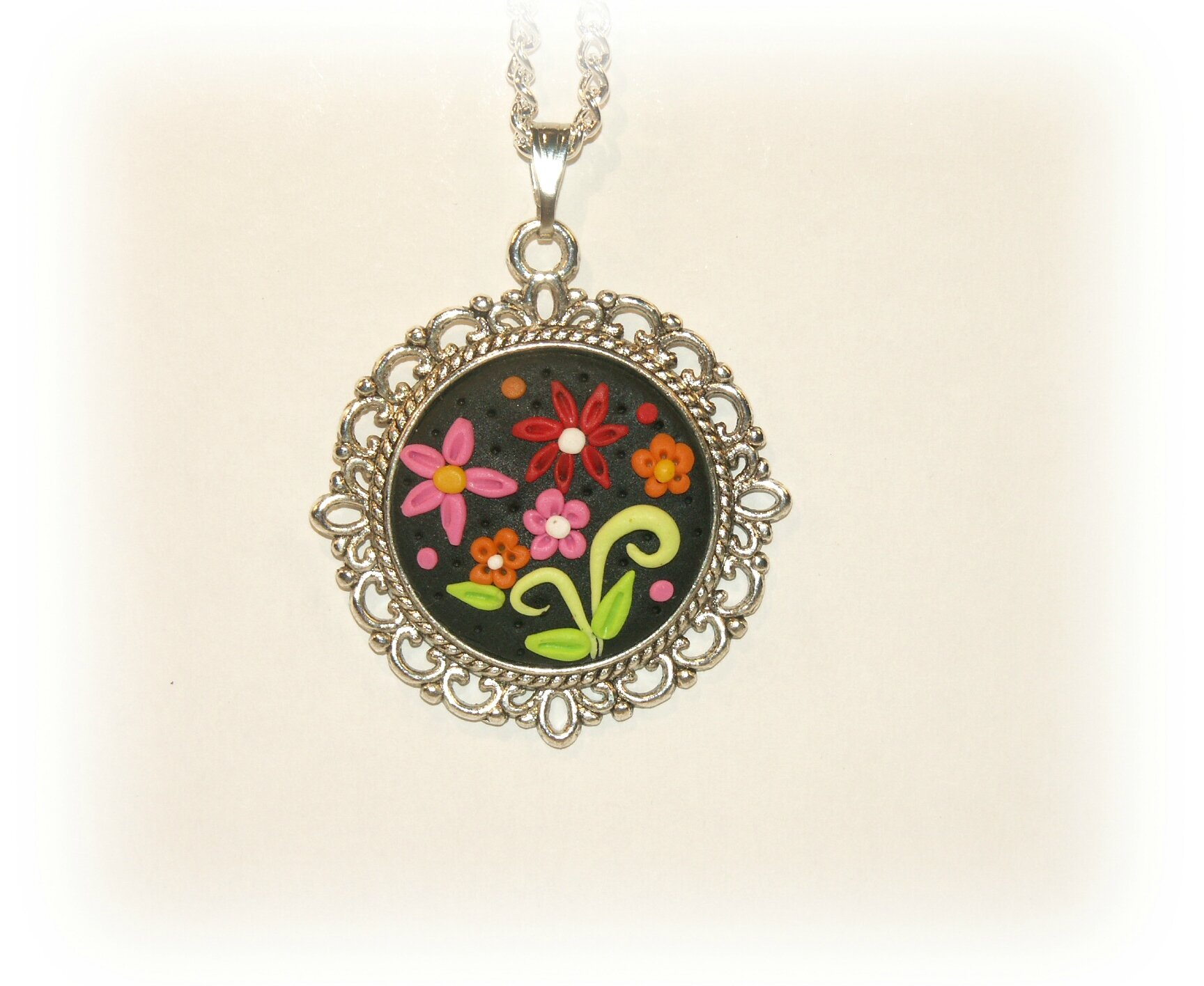 medaillon fleurs1