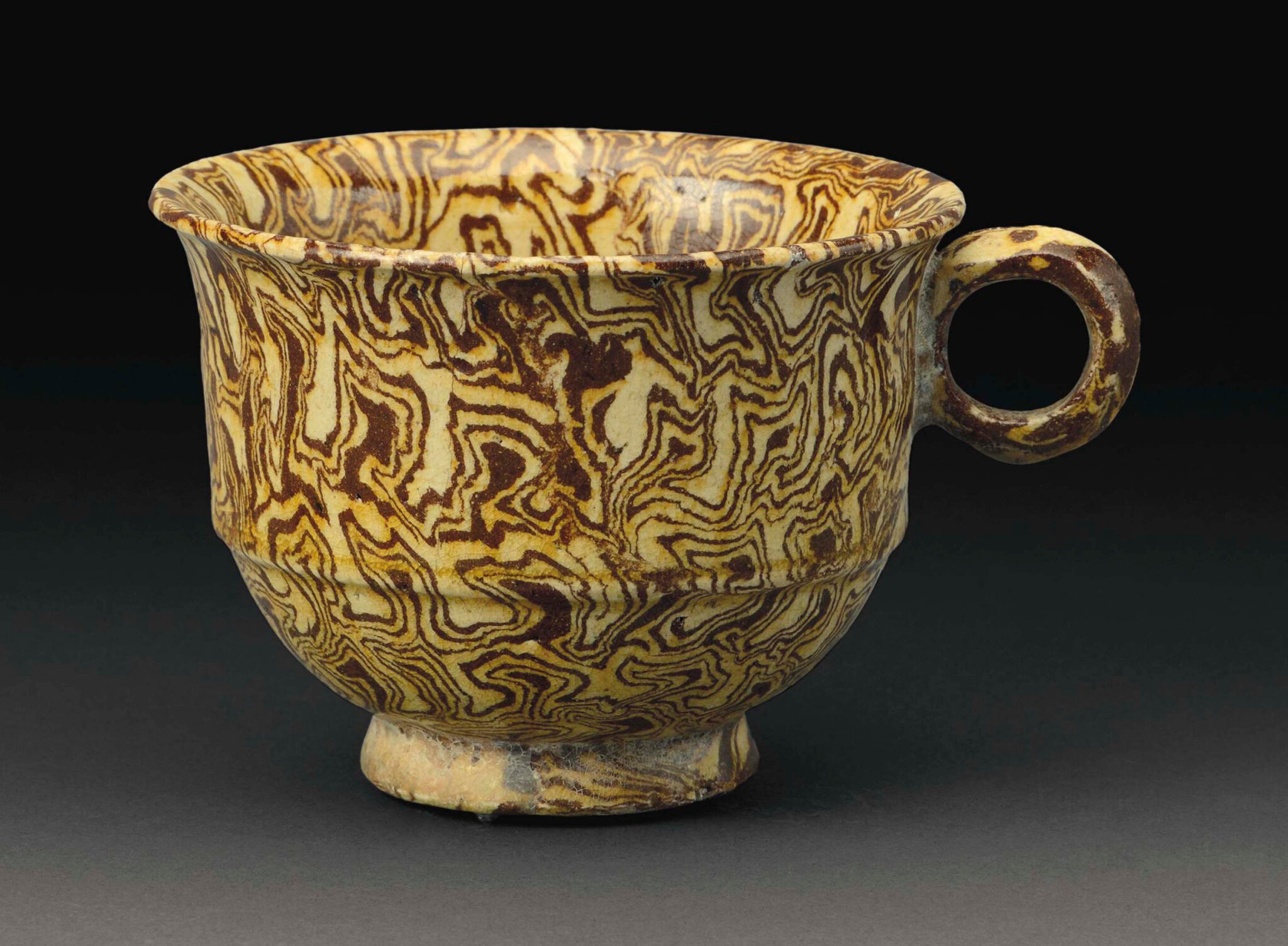 2015_NYR_03720_3231_000(a_rare_yellow-glazed_marbled_pottery_cup_tang_dynasty)