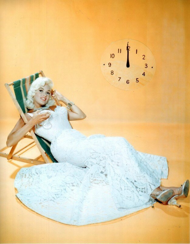 jayne-1956-studio-new_year-3-1