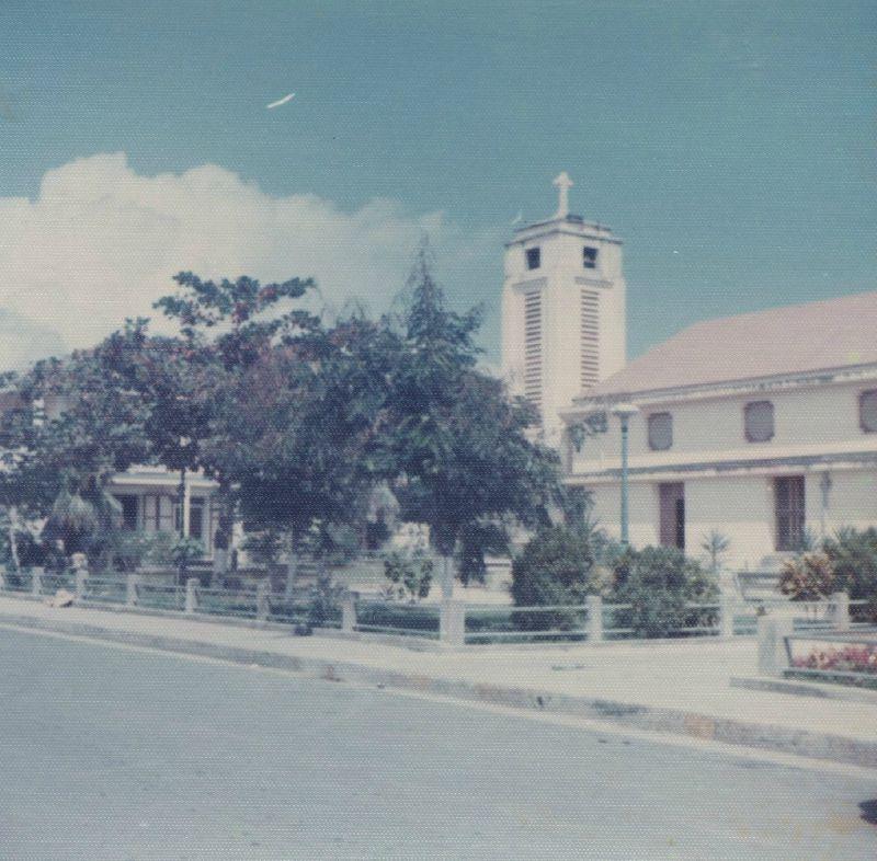 Eglise de >St François -Guadeloupe 75-76