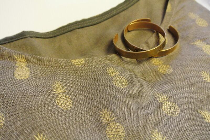 8_d_cembre__bonnet_CK__blouse_ananas_085