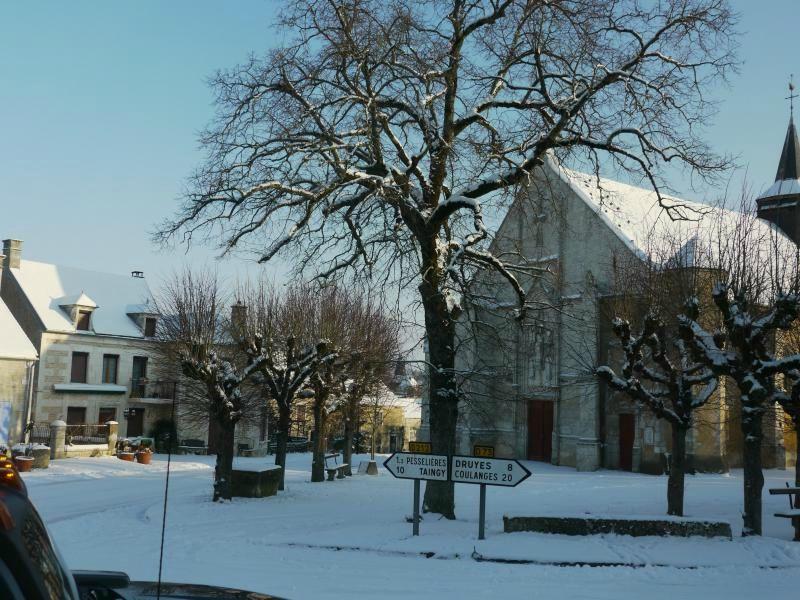 sougères sous la neige 2010a