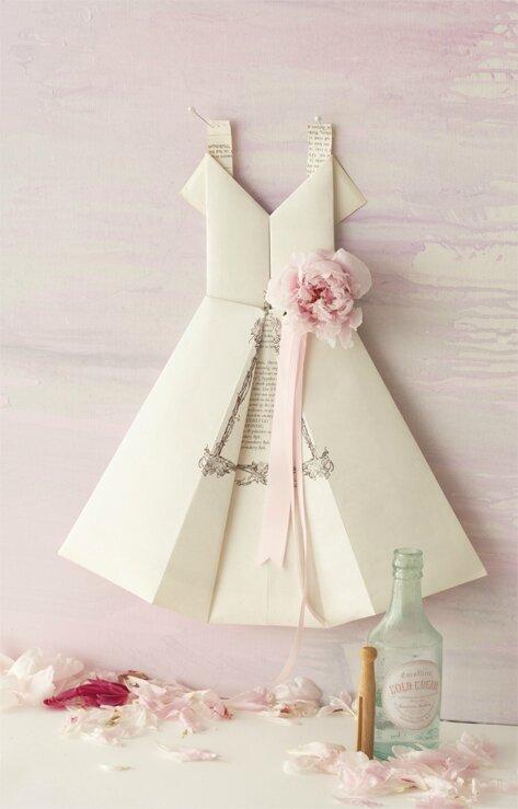 petite robe de papier